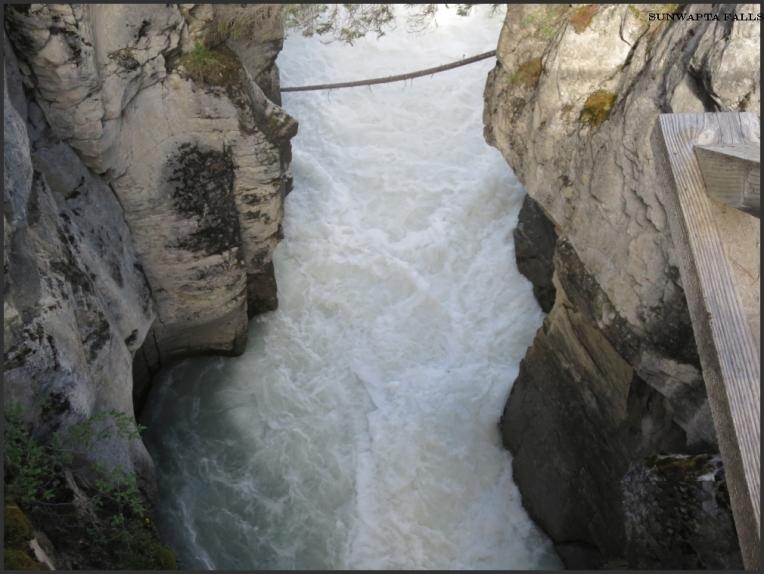 Sunwapta Falls 4
