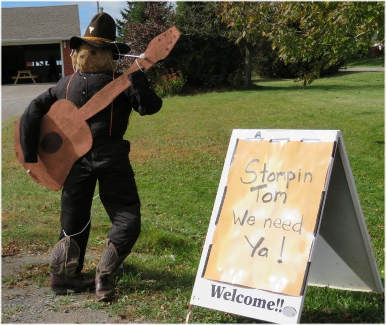 Scarecrow contest 7