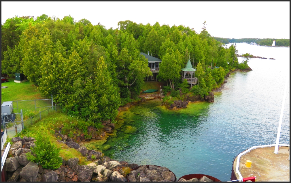 Tobermory shore and Big Tub Harbour