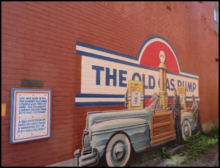 Pembroke mural - THE OLD GAS PUMP