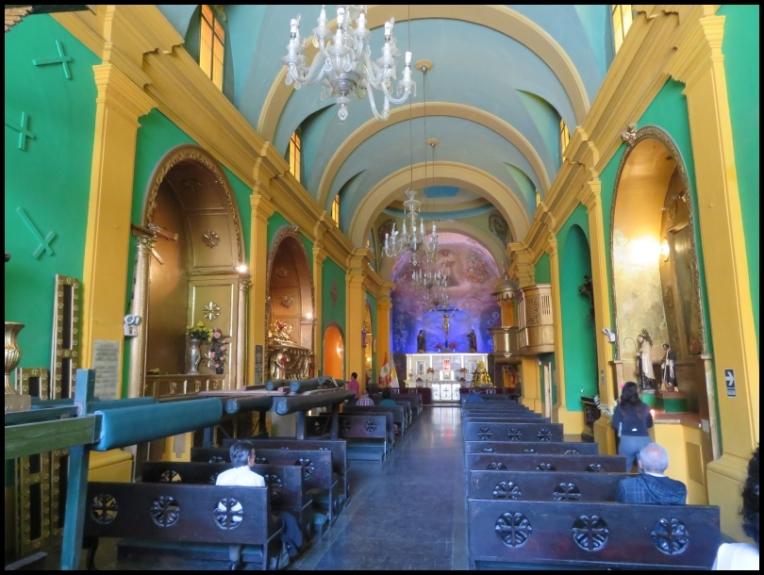 Lima -Basilica dela VeraCruz - a quieter place for worshiping