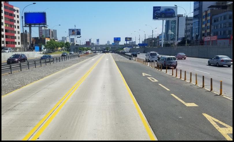 Lima - riding Metro bus