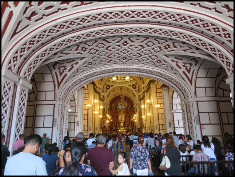 Lima - San Francisco church mass