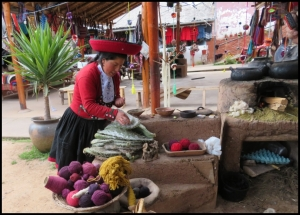 Sacred Valley - Chincero - how to paint naturally alpaca wool