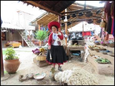 Sacred Valley - Chincero - how to work alpaca wool