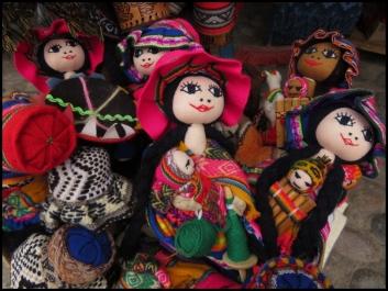 Ollantaytambo - dolls with babies