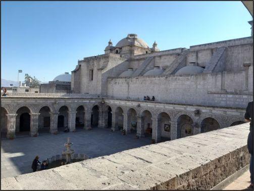 Arequipa, Iglesia de la Compania de Jesus or Church of the Company, the courtyard