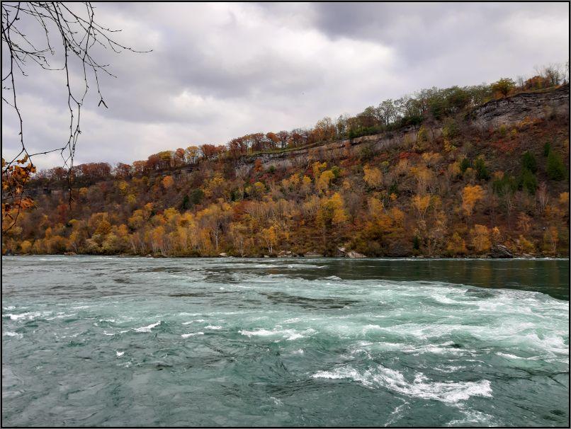 Niagara River, turbulent waters