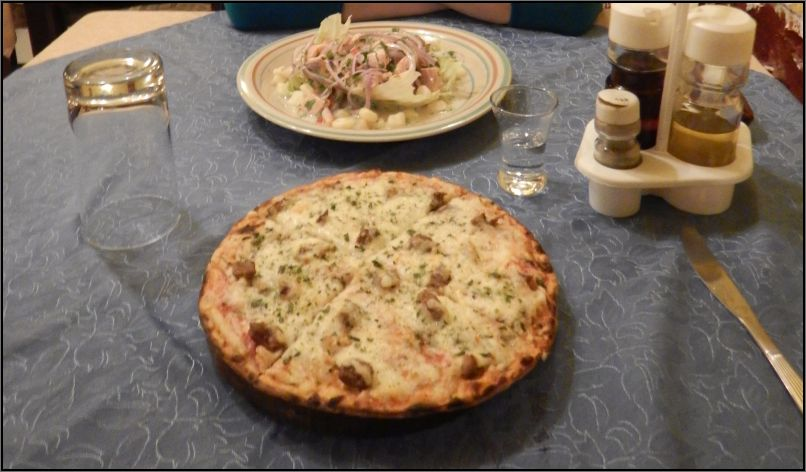Ceviche and pizza, Puno